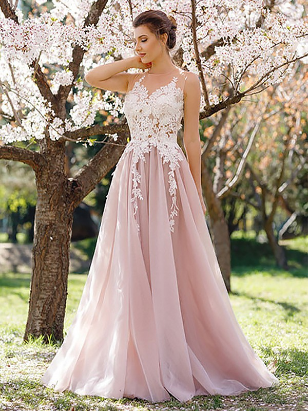 A-Line Jewel Floor-Length With Applique Tulle Dress
