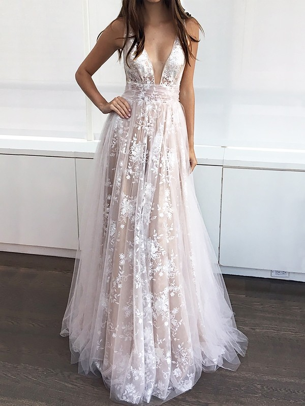 A-Line V-neck Floor-Length Tulle With Applique Dress