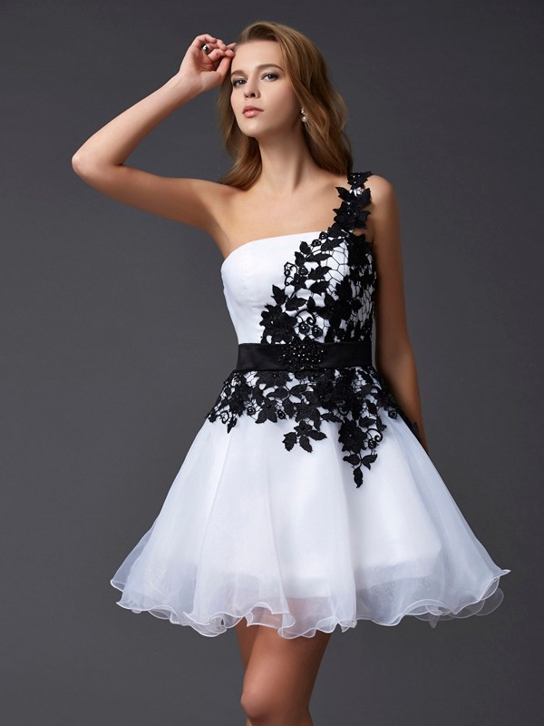 A-line Princess One-Shoulder Lovely Lace Short Organza Homecoming Dress