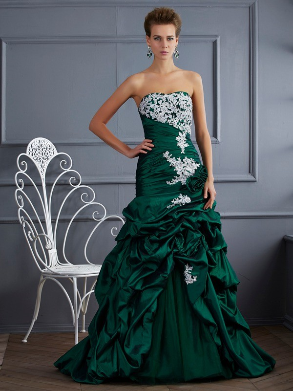 Ball Gown Strapless Beautiful Applique Long Taffeta Quinceanera Dress