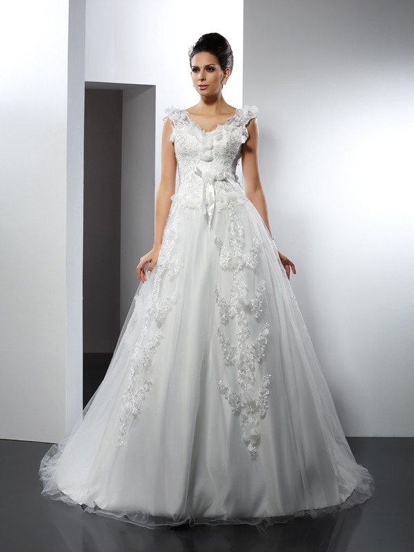 Fashion A-Line Princess Straps Lace Beautiful Long Satin Wedding Dress