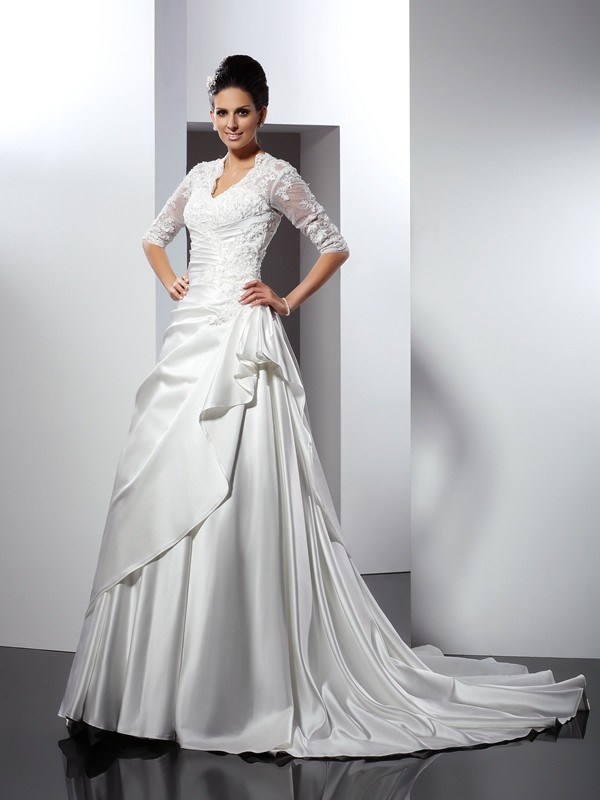Fashion A-Line Princess V-neck Applique 1/2 Sleeves Long Satin Wedding Dress
