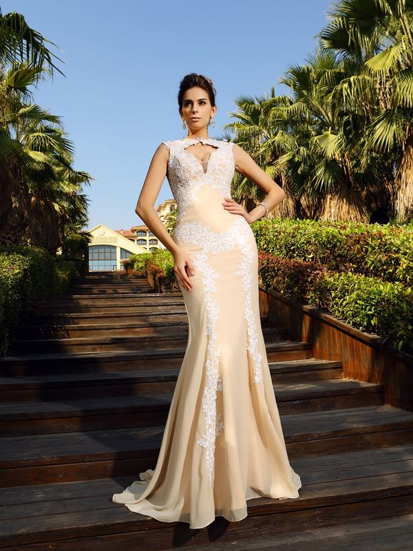 Sheath/Column High Neck Applique Beautiful Long Chiffon Dress