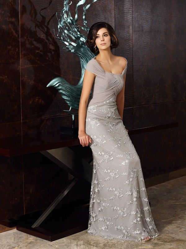 Lovely A-Line Princess Off-the-Shoulder Applique Long Chiffon Mother of the Bride Dress