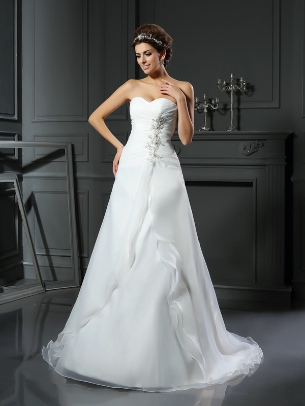 Lovely A-Line Princess Sweetheart Ruched Long Satin Wedding Dress