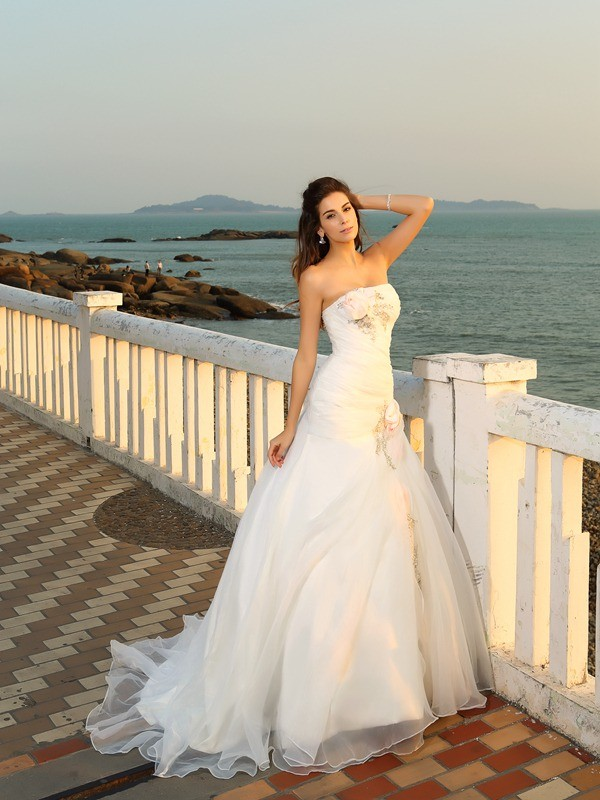 Ball Gown Strapless Hand-Made Flower Long Satin Beach Wedding Dress