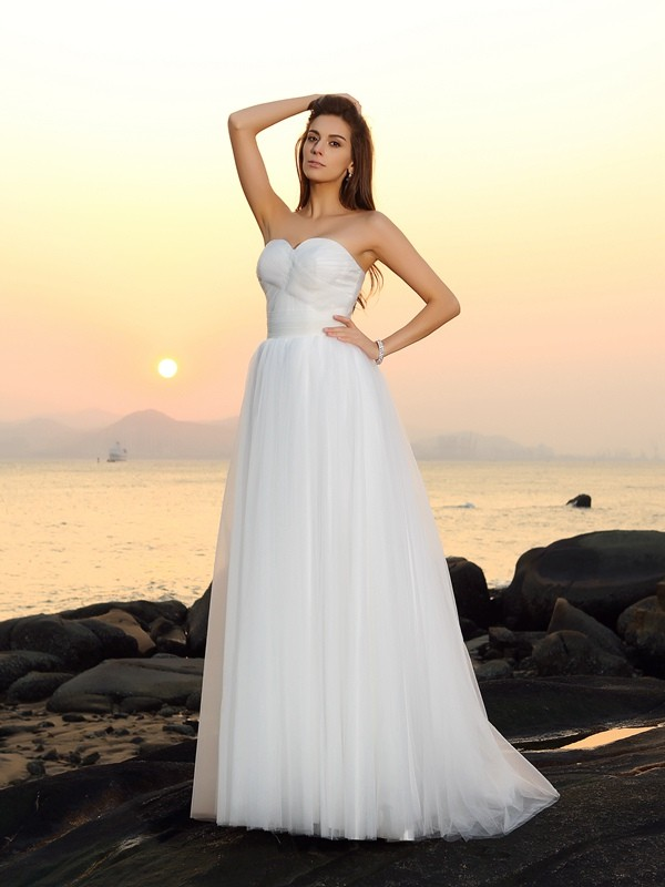 Lovely A-Line Princess Sweetheart Long Net Beach Wedding Dress