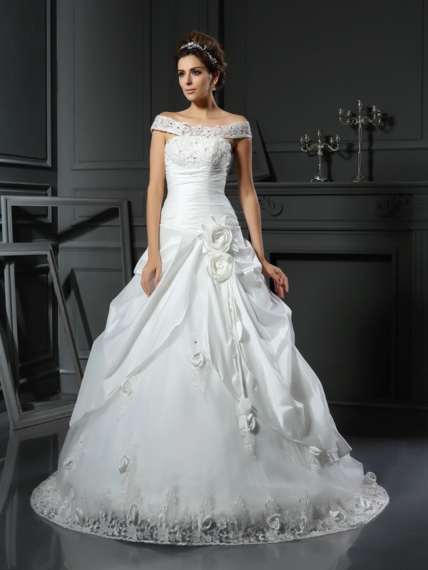 Ball Gown Off-the-Shoulder Hand-Made Flower Long Satin Wedding Dress