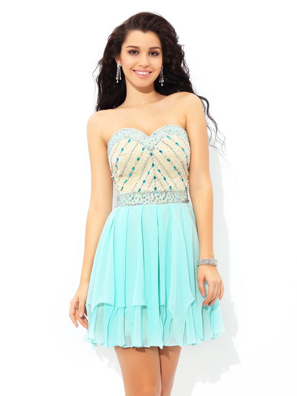 Lovely A-Line Princess Sweetheart Beading Short Chiffon Cocktail Dress