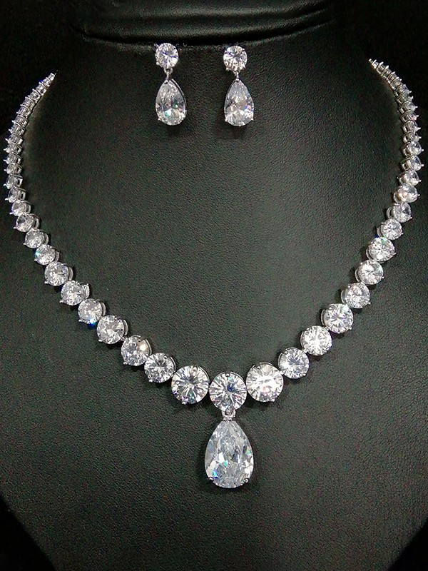 Attractive Copper With Zircon Jewelry Sets For Ladies