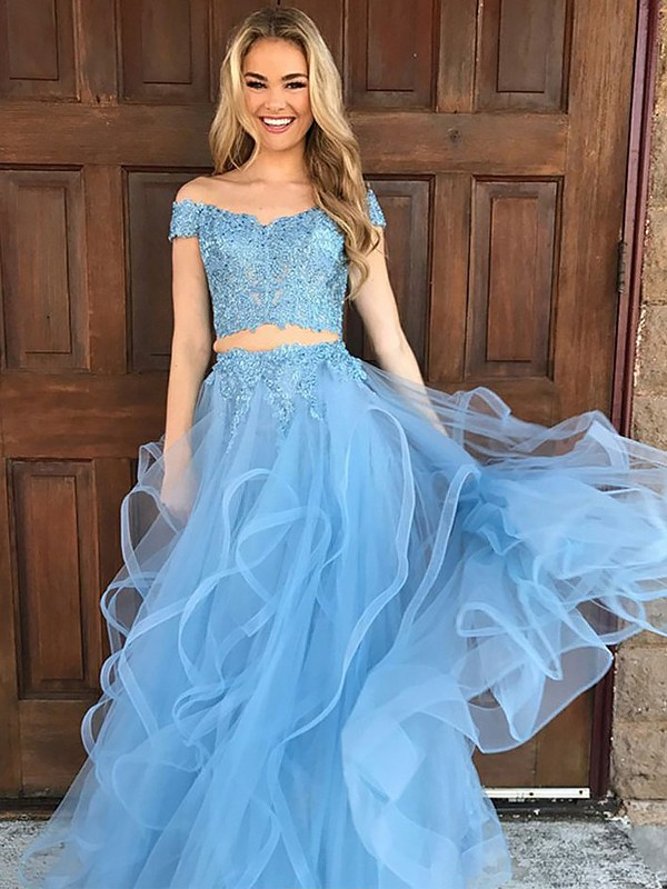Lovely A-lineOff-the-Shoulder Tulle With Applique Floor-Length Two Piece Dress