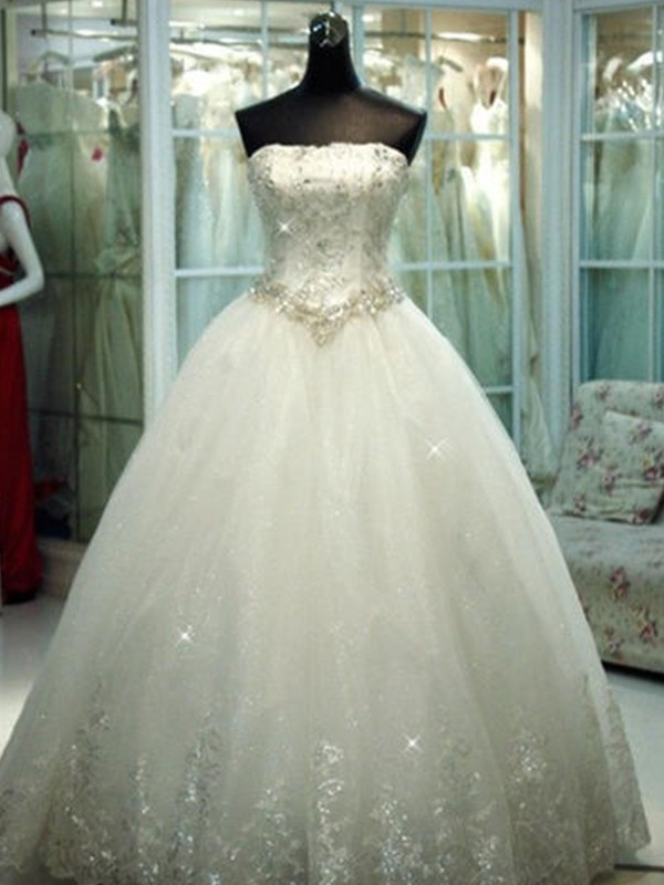 Ball Gown Strapless With Beading Tulle Floor-Length Wedding Dress