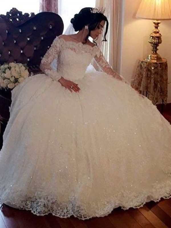 Adorable Ball Gown Bateau Long Sleeves Floor-Length Lace Tulle Wedding Dress