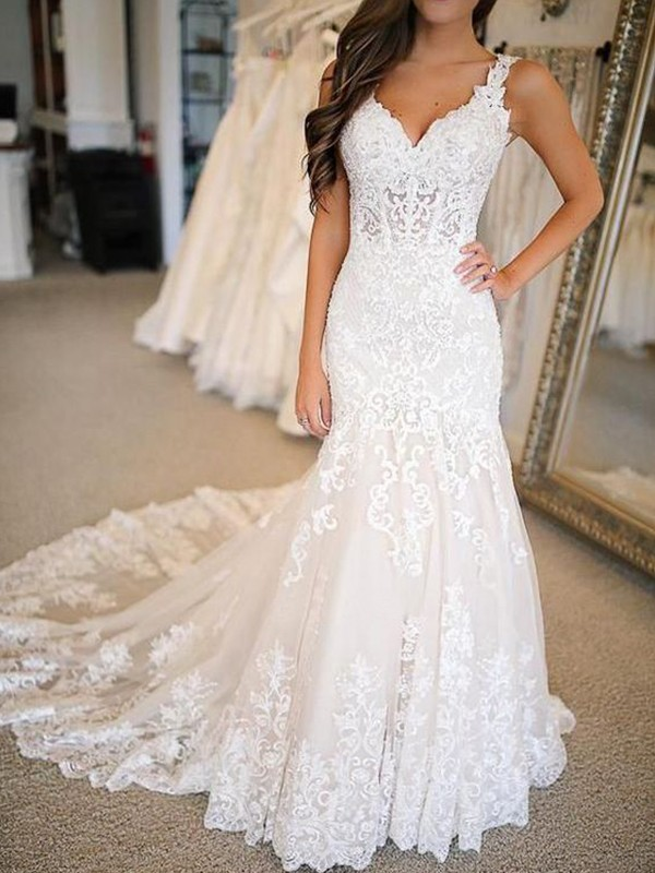 Fomal Mermaid Tulle With Applique V-neck Sweep/Brush Train Wedding Dress