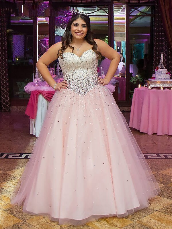 Ball Gown Sweetheart Tulle Floor-Length Beading Plus Size Dress