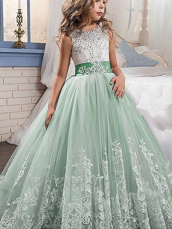 Naturally Chic Ball Gown Jewel Lace Sweep/Brush Train Tulle Flower Girl Dress