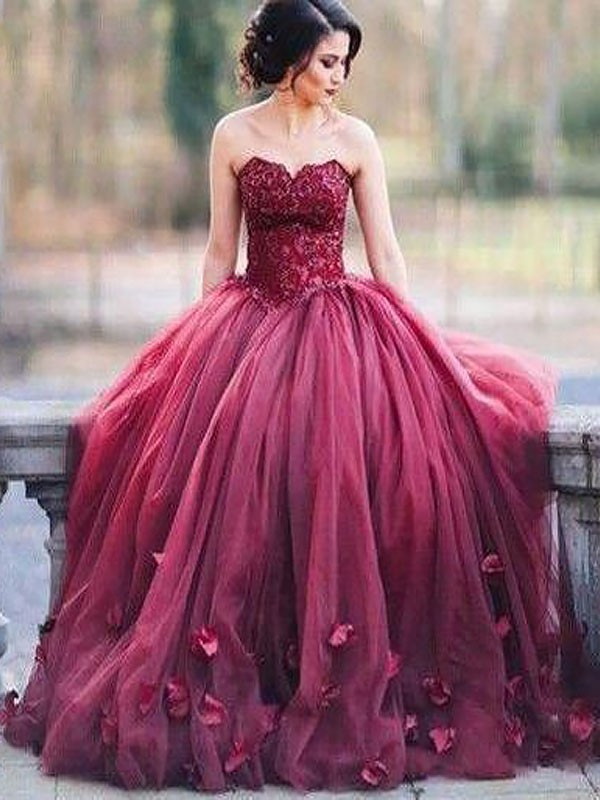 Ball Gown Sweetheart With Applique Floor-Length Tulle Dress