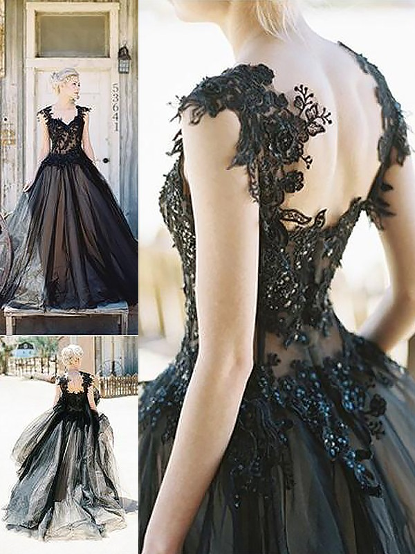 Ball Gown Sweetheart With Lace Sweep/Brush Train Tulle Dress
