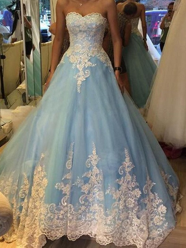 Aesthetic Honesty Ball Gown Sweetheart Applique Tulle Sweep/Brush Train Dress