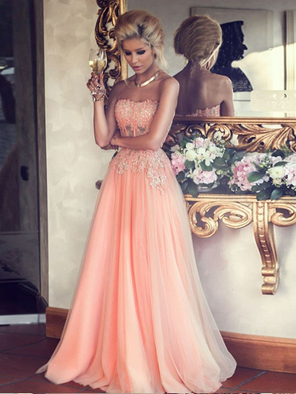 A-Line Princess Strapless Applique Floor-Length Chiffon Dress