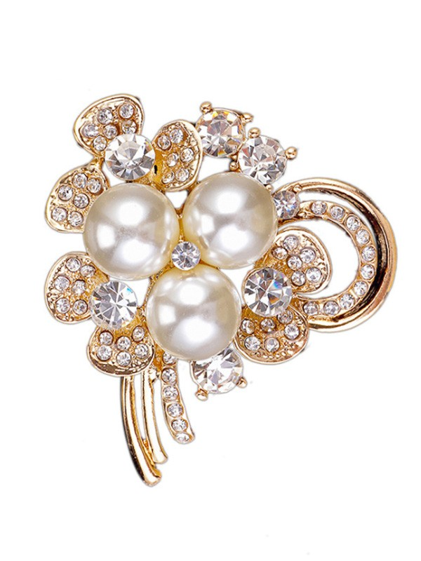 Chic Alloy With Rhinestone/Imitation Pearl Ladies' Brooch